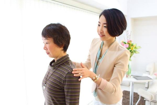 滞在時間が格段にアップ!お客様を心地よく感じさせる会話のテクニック