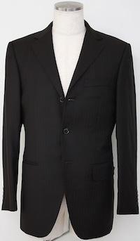 スーツの着こなし・選び方「3つボタンジャケット」
