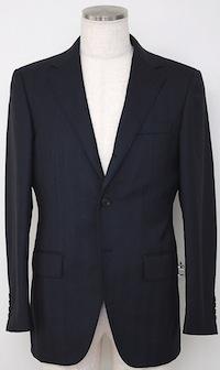 スーツの着こなし・選び方「段返り3つボタンジャケット」
