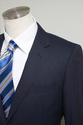 スーツのジャケットのサイズチェックポイント